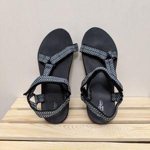39cd76a1e BOGO🎉 Athletic Works comfort sole strap sandals